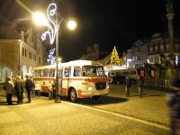 Betlémský autobus na náměstí 1. máje v Chomutově v roce 2012.